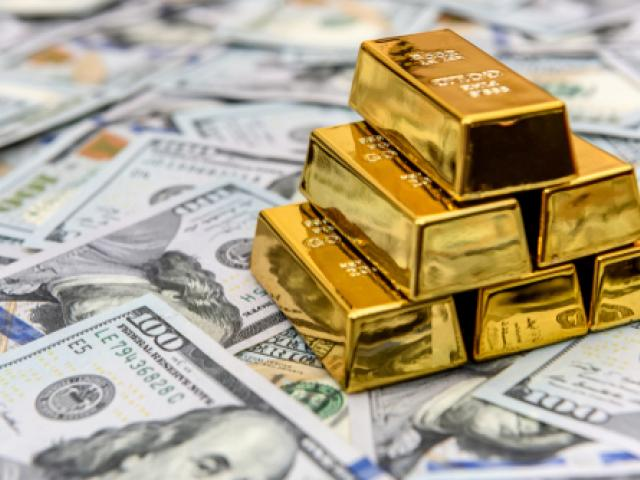 Gold seesaws around $1630 while Dollar rebounds